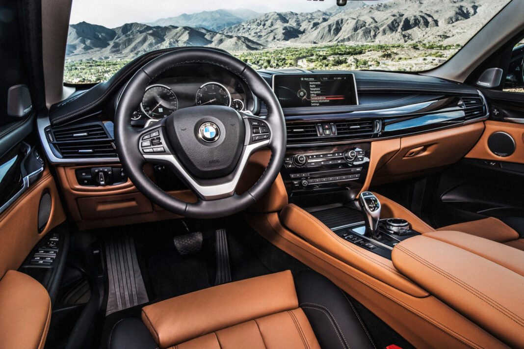 2014 BMW X6 interior