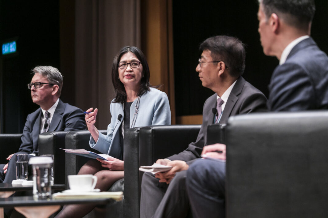 Conversation from the SFC Regulatory Forum 2018, held on 14 March 2018 at the Hong Kong Convention and Exhibition Centre