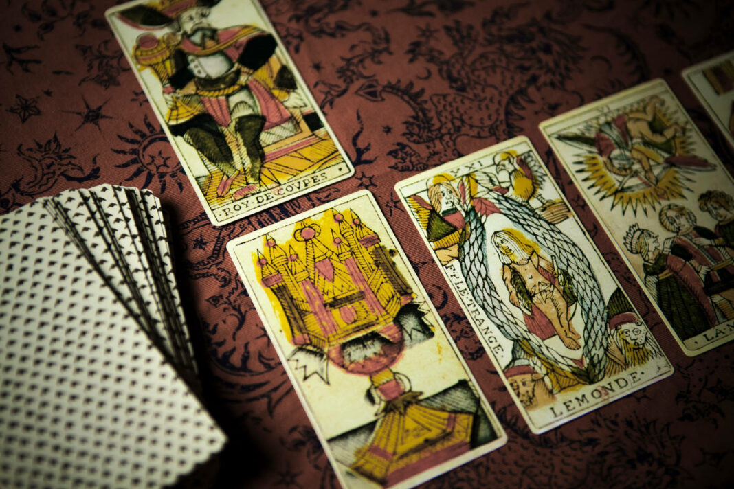 Deck of old Tarot of Marseilles cards