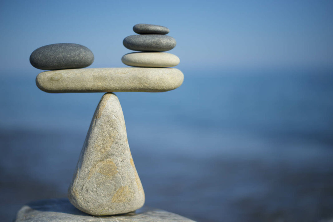 Rock scale balancing stones