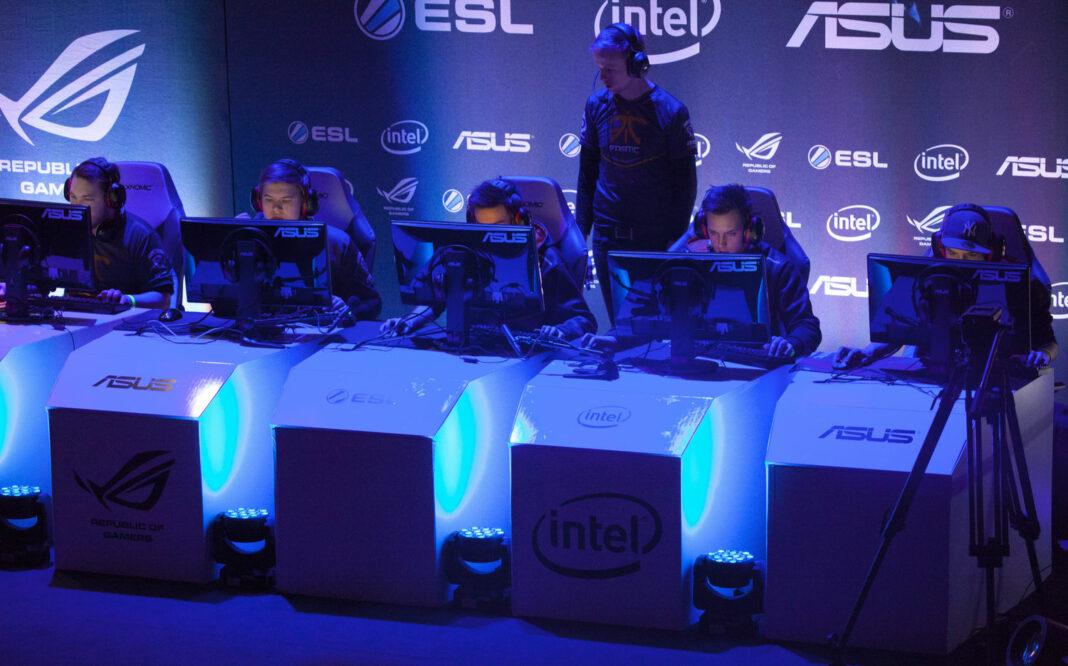 Fnatic team at IEM 2014